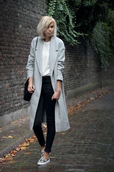 The long grey coat added by SietskeL Fall Winter Outfits, Autumn Winter Fashion, Sporty Outfits, Cool Outfits, Grey Coats For Women, Chesterfield Coat, Long Grey Coat, Look Fashion, Fashion Outfits