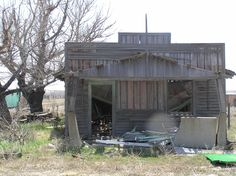 6 Creepy Ghost Towns in Colorado You Won't Believe Exist | The Denver City Page If you want to see some really old buildings check this place out. The only all-black settlement in Colorado was situated on the eastern plains in the town of Dearfield, east of Greeley. More than 700 African Americans settled here in the early 1900s, but the town died during the Great Depression and Dust Bowl years. Three buildings still stand: a gas station, a diner and the founder's home. Long neglected…