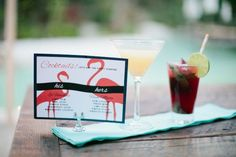 Tropical wedding with flamingos:cocktails area
