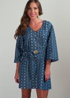 BB Dakota Fanny chambray dress; medium wash chambray kimono style dress featuring an allover geometric print & matching tie belt, retro inspired kimono dress, 3/4th sleeve chambray dress, Summer fashion trends, fashion trends in Atlanta, must have trending chambray kimono dress for 2016