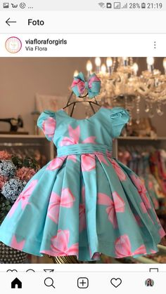 Vestidinho Cute Little Girl Dresses, Dresses Kids Girl, Kids Outfits Girls, Girl Outfits, Flower Girl Dresses, Girls Frock Design, Baby Dress Design, Baby Girl Dress Patterns, Frocks For Girls