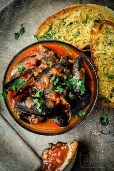 God knows why, but I've only ever eaten chilli mussels when dining out; cooking them at home has – until this moment – seemed more trouble than it's worth.  Maybe it's because the eating of chilli …