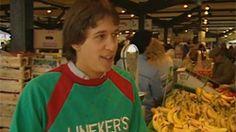 Gary Lineker at Leicester Market 1985. http://www.bbc.co.uk/sport/0/football/24761008