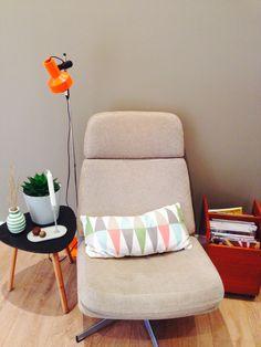 Lesekroken, retro Retro, Chair, Furniture, Home Decor, Decoration Home, Room Decor, Rustic, Home Furniture, Interior Design