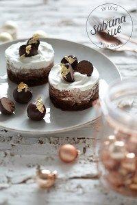 Chocolate Mousse Brownie Cakes by www.sabrinasue.de