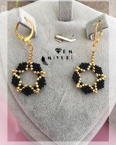 dm_miyuki 5 days ago 884 likes Beaded Tassel Earrings, Pearl Stud Earrings, Women's Earrings, Loom Beading, Beading Patterns, Mode Blog, Bead Weaving, Like4like, Creations