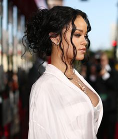 Rihanna - 2014 MTV Movie Awards