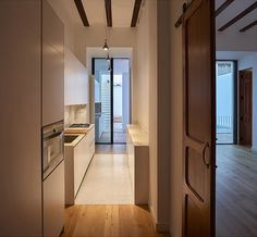 """MY HOUSE IDEA: Restoration and refurbishing of a house in Valencia http://www.davincilifestyle.com/my-house-idea-restoration-and-refurbishing-of-a-house-in-valencia/      Restoration and refurbishing of a house in Valencia is a project designed by DG Arquitecto in 2016.                         """"Our projects always begin with a detailed study of some preliminary premises:The space, in this case is an old townhouse with almost a hundred years of history located in one of th"""