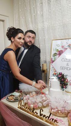 Lace Wedding, Wedding Dresses, Fashion, Bride Gowns, Wedding Gowns, Moda, La Mode, Weding Dresses, Wedding Dress