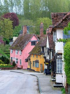 Beautifully maintained colourful cottages - Suffolk England. Lovely against the greens of the trees, Veooz 360