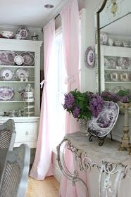Maison Decor: Our Home Tour 2017 Beautiful French country dining room with neutrals and purple transferware. French Country Dining Room, Modern French Country, French Country Bedrooms, French Country Farmhouse, French Country Decorating, Country Chic, French Style, Modern French Decor, Country Style Homes