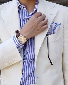 100% Irish Linen Summer Jacket Jacket Fabric:WBILL—Irish Linen  Jacket Tailoring:CW裁神—賴師傅  Shirts Fabric:Carlo Riva—Oxford Linen  Shirts Tailoring:MinamiShirts  #bespoke #tailoring #wbill #carloriva #patekphilippe #匠人 #手作り #職人 #suitable #suit #suitstyle #menswear #smart #classic #fashion #elegence  #mensfashion #styleformen #menstyle #brace #tie #styleforum #pocketsquare #menwithstyle  #menwithclass #bespokesuit #gentlemen #sart