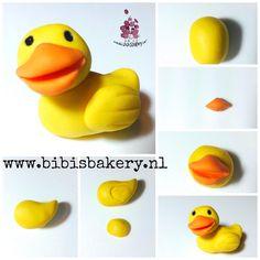Here is my rubber duckie pictorial, since he is Ernie's toy friend. Enjoy your weekend, I know I will xxx Bibi #bibisbakery https://www.facebook.com/bibisbakery.nl