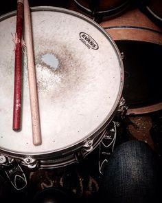 Practice. @drumuniversity @ocdp_company #moydrums #drumsolo #vicfirth #vf15 #sticktricks #ocdp #sabian #sabiancymbals #drums #Drummer #music #rock #metal #pop #drumporn #drumuniversity #drumming #drummers #drumlife #drummerboy #drummerswag #ipreferthedrummer #drummerking #drumsolo #musicismylife #musicians #musically #musicvideo #sticktricks #myband #Evans by moy_drums