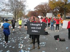 Haha I wish my friends would make funny signs like this for my races.