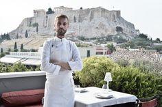 Με θέα την Ακρόπολη, με θέα το Μικρολίμανο, με διάσημο βραβευμένο σεφ, με τα καλύτερα cocktail της πόλης, με έθνικ κουζίνα, στεγαζόμενες σε κτίριο του Τσίλερ. Οι ταράτσες του καλοκαιριού μπορούν να ικανοποιήσουν κοσμογυρισμένους γευσιγνώστες, ερωτευμένα ζευγαράκια που θέλουν ρομαντική ατμόσφαιρα και κάθε επισκέπτη της Αθήνας που ψάχνει μια αστική όαση. Εξι ταράτσες υπόσχονται να κάνουν τα καλοκαιρινά βράδια στην Αθήνα να συναγωνίζονται εκείνα των διακοπών.