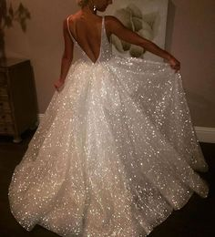 "27.6k Likes, 126 Comments - Loving Haute Couture (@lovinghautecouture) on Instagram: ""#ShineBright ✨ Gown by #lazarobridal"""
