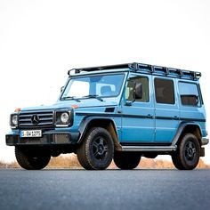 Mercedes-Benz G-Class Professional. The utility version with reduced equipment emphasised the robustness and reliability of the G-Class. Mercedes Benz G Klasse, Mercedes G Wagen, Mercedes G Professional, Suzuki Vitara Jlx, Suv 4x4, Mercedes G Class, Adventure Campers, Classic Mercedes, Train Car