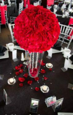 Michigan wedding centerpiece rentals crystal candelabras and more michigan wedding centerpiece rentals crystal candelabras and junglespirit Images