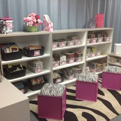 Adorable zebra and pink classroom library Classroom Layout, Classroom Setting, Classroom Design, Future Classroom, School Classroom, Classroom Themes, Organization And Management, Classroom Organization, Classroom Arrangement