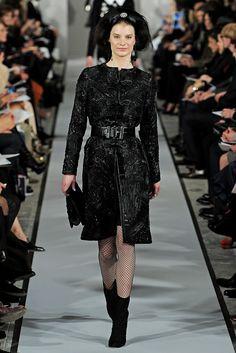 Oscar de la Renta Fall 2012 Ready-to-Wear Collection Slideshow on Style.com