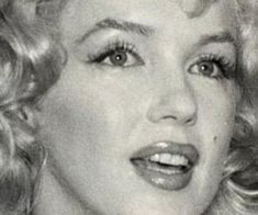 Old Hollywood, Marilyn Monroe, We Heart It, Actresses, Female Actresses, Marylin Monroe