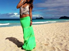 Neon maxiskirt + knotted tank +gypset necklace stack | Goldfish Kiss
