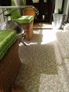 Decoración de terrazas y patios pequeños http://blgs.co/P6_4Hd