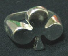 Anillo poker Trebol. 5,90 euros (Ring - Poker. We serve orders to all countries). www.barrio-obrero.com