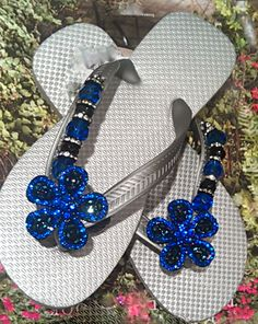 Cool Carol [or Coral?] Colbalt by FLipinista...so fun to dress up flip flops!