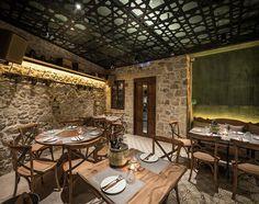 Σχετική εικόνα Conference Room, Restaurant, Table, Furniture, Home Decor, Decoration Home, Room Decor, Diner Restaurant, Tables
