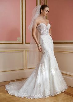David Tutera - 217209W - Vada - All Dressed Up, Bridal Gown - Mon Cheri - Chattanooga TN's All Dressed Up Bridal Shop / Bridal Boutique offers Wedding Gowns, Prom Dresses & Tuxedo Rentals