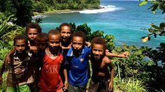 Papua New Guinea children of Kairuru Island in the East Sepik Province.  פפואה ניו גיני www.papua-by-raz.co.il