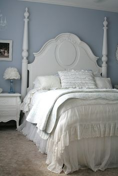Such a pretty headboard!
