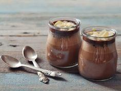 Receta de Gelatina de Almendra | Una muy rica y facil gelatina de almendra con leche. Haga esta receta desde un día antes para tener los mejores resultados.