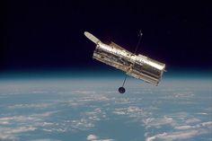 Hubble Against Earth's Horizon (1997)