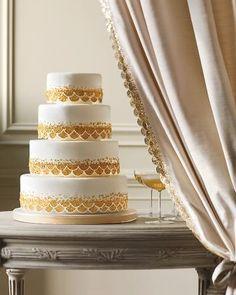 gold & white cake