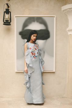 Intricate + dreamy silhouettes merge forces in latest collection(P. Modest Fashion Hijab, Muslim Fashion, Fashion Dresses, Traditional Fashion, Traditional Dresses, Simple Dresses, Casual Dresses, Ball Gowns Evening, Young Fashion