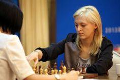 Championnat du monde d'échecs féminin: Ushenina - Hou Yifan à 9h - http://www.chess-and-strategy.com/