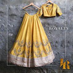 Embellished choli and lehenga set with a touch of royalty. #JayantiReddy #jayantireddylabel #hyderabad #hyderabaddesigner #bridal #lehenga #Royalty #Designerwear #Elegance #designerwear #wedmegood