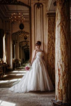 Gosfield Hall, Essex, bridal suite wedding photo
