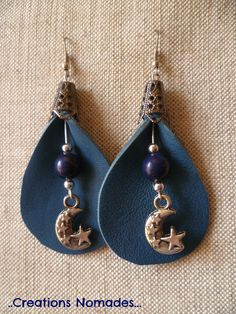 "Bijoux fait main Boucles originales - Arum Cuir Bleu et Pierres Lapiz Lazuli - : Boucles d'oreille par creations-nomades - leather as a ""frame"" for beaded baubles"