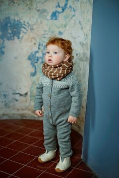 Raglan grey overall / jacquard jumper / raglan baby by Ingugu, €79.00