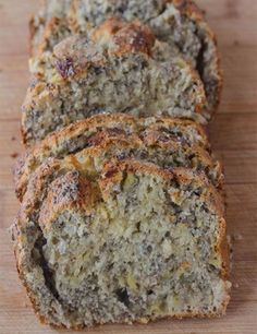 Chia Bread Nut free banana bread that's full of chia seeds, fiber and flavor for a healthy snack! Banana Chia BreadNut free banana bread that's full of chia seeds, fiber and flavor for a healthy snack! Healthy Baking, Healthy Desserts, Healthy Recipes, Healthy Lunches, Healthy Food, Snack Recipes, Breakfast And Brunch, Breakfast Recipes, Breakfast Cookies