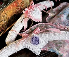 Leisure Arts - Crochet Hanger Cover