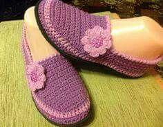 Zapatilla flor crochet