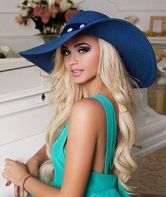 Russian Beauty, Hats For Women, Beautiful Women, Woman, Fashion, Moda, Fashion Styles, Beauty Women, Women