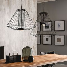 news ravel - Ceiling lamp with frame in matt black (OP17) steel and black caoutchouc extensible lampshade. Bulb included.