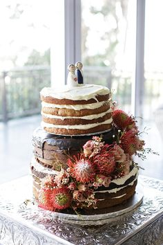 Naked Cake with Protea // Nautical Beach Wedding in Coral and Navy Blue // Jack and Jane Photography Beach Wedding Groomsmen, Beach Wedding Guests, Beach Wedding Attire, Beach Wedding Flowers, Wedding Cake Rustic, Beach Wedding Decorations, Beach Wedding Favors, Elegant Wedding Cakes, Wedding Ideas