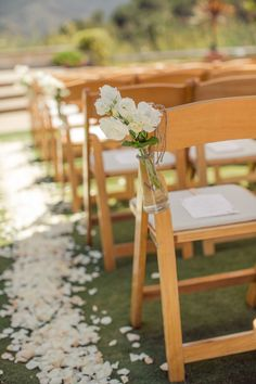 Perfect Outdoor Rustic Wedding Ceremony